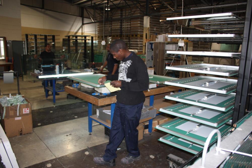mirror manufacturing
